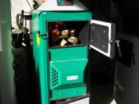 Chaudière bois bûches ORLAN 40kW pour chauffage central et eau chaude sanitaire. Saverdun (09).