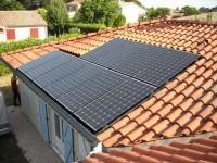 Installation  photovoltaïque raccordée réseau 3kWC, modules SANYO 250Wc installés en escalier . Frouzins (31)