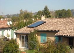 Chauffe-eau solaire WAGNER & Co 300 litres /4m2 de capteurs, appoint par chaudière murale gaz de ville. Pins-Justaret (31)