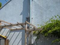 Création en situation extérieure d'un conduit de fumées inox double paroi isolé pour chaudière à granulés. Latrape (31).