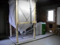 Chaudière bois granulés à vis OKOFEN 12kW pour chauffage central et eau chaude sanitaire. Gensac sur Garonne (31).
