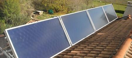 Capteurs solaires WAGNER & Co pour la production de chauffage et d'eau chaude sanitaire. Bordes s/Arize (09)