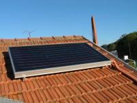 Capteur solaire WAGNER & Co installé en surimposition de toiture. Toulouse (31)