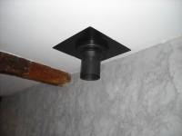 Finition intérieure d'un conduit de fumées inox double paroi isolé pour poêle à bois. Lherm (31).