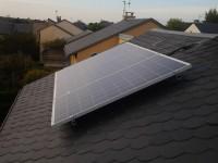 Autoconsommation de 750Wc pour une habitation à La Primaube (12 450), toiture ardoise, 3 modules Alliantz avec micro-onduleurs enphase