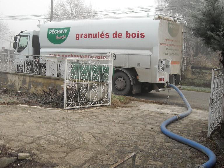 Livraison de granulé de bois en vrac à Marquefave par l'entreprise Pechavy Energies pour un client de Solénéo