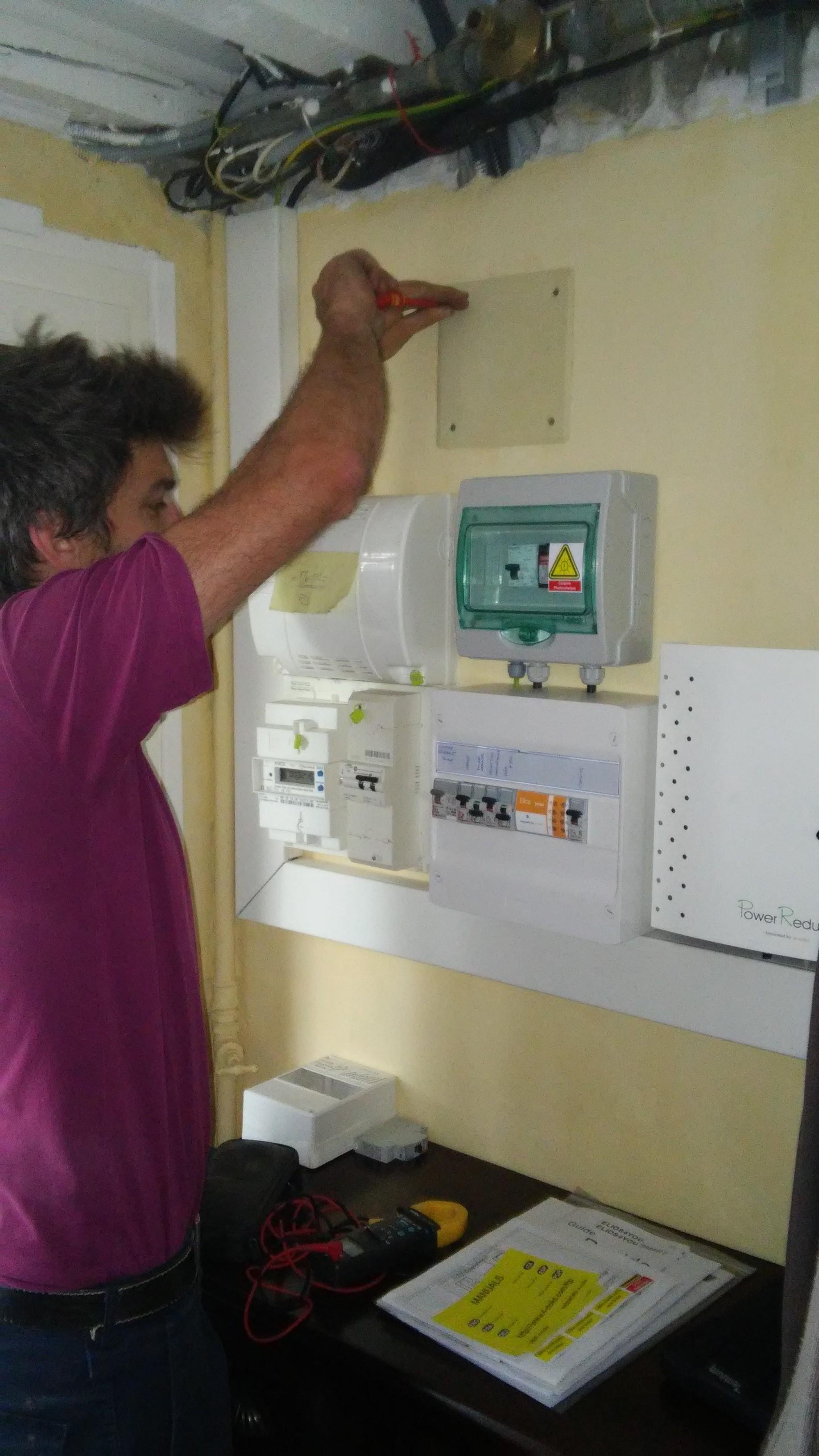Installation photovoltaïque optimisée à Toulouse 31 éléments électriques