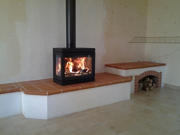avec le po le jotul f520 optez pour la sobri t soleneo. Black Bedroom Furniture Sets. Home Design Ideas