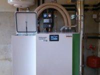 Chaudière à granulés Pellematic Condens de 10kW, raccordement en ventouse horizontale à Lavelanet de Comminges (31)