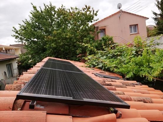 Panneaux_photovoltaïques_SONNENSTROM_par_SOLENEO